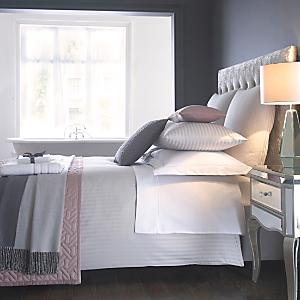 belledorm hotel collection 540 thread count fitted sheet